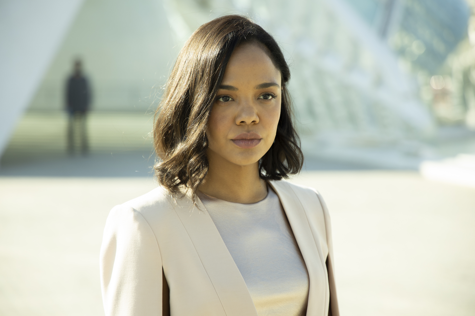 "Westworld: ""The Absence of Field"" is a slow burn set-up for next week"