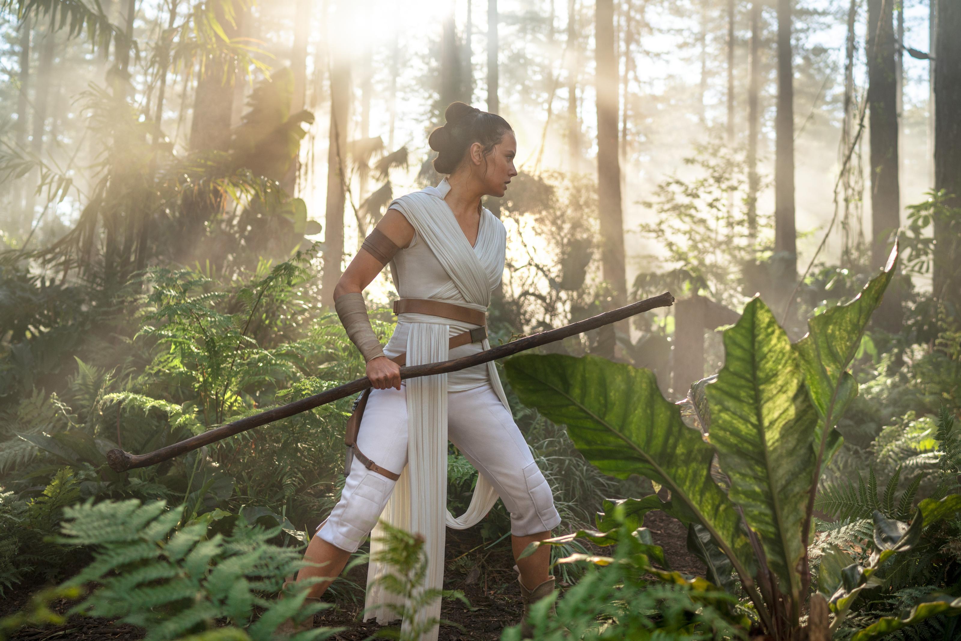 Wild Rumor Has It That Disney Will Erase The Star Wars Sequel Trilogy